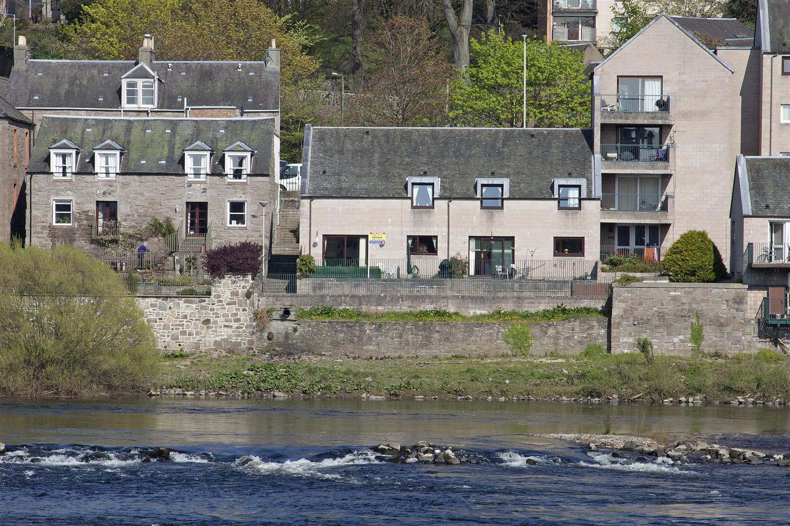 40, Commercial Street, Perth, Perthshire, PH2 7DT, UK